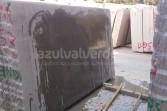 Gris Pardo Limestone Slabs